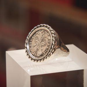 Nerdi Orafi Incisori - anello con Fiorino e fascia con corda in argento
